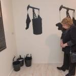תערוכה חדשה נוזל שחור
